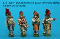 S32 - 4 Saxon grenadiers in march-attack poses. Calfskin shako covers.