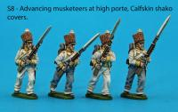 S8 – Advancing Saxon musketeers, muskets held at high porte, calfskin shako covers.