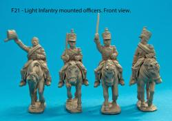 F21  Mounted light infantry officers (horses included)