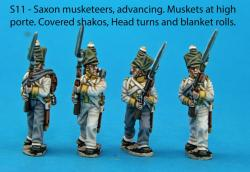 S11 - Advancing Saxon musketeers, muskets held at high porte, covered shakos.