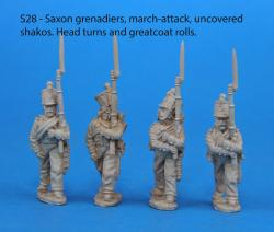S28 – 4 Saxon grenadiers in march-attack poses. Uncovered shakos.