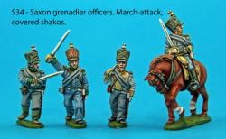 S34 – 4 saxon grenadier officers in march-attack poses. Covered shakos.