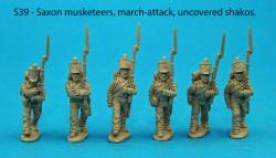 S39 - Six Saxon musketeers in march attack poses. Uncovered shakos.
