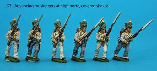 S7 – Six advancing musketeers, muskets held at high porte. Covered shakos.